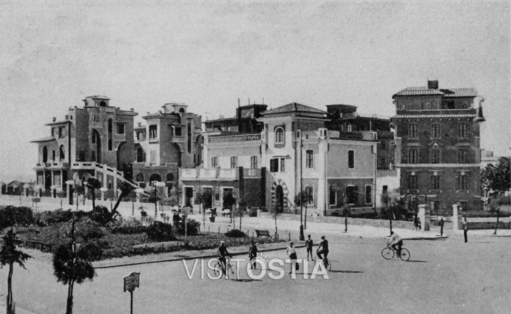 VisitOstia - Piazza Anco Marzio (anni '30)