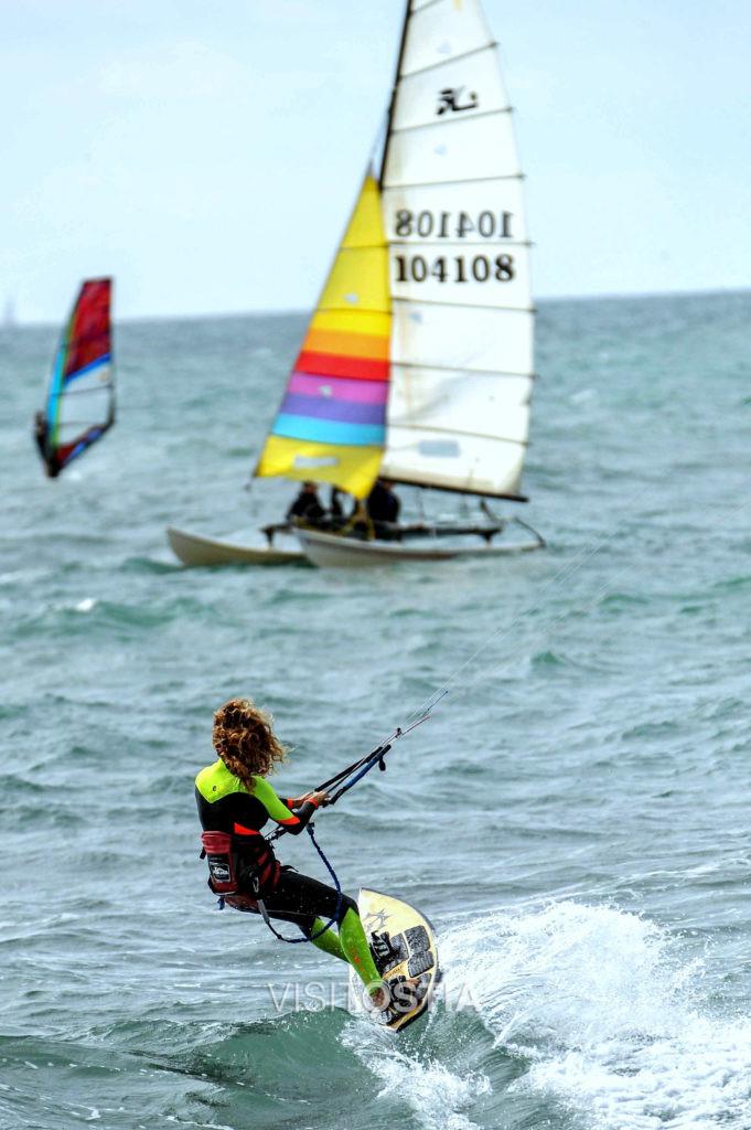 Vela kite surf lega navale