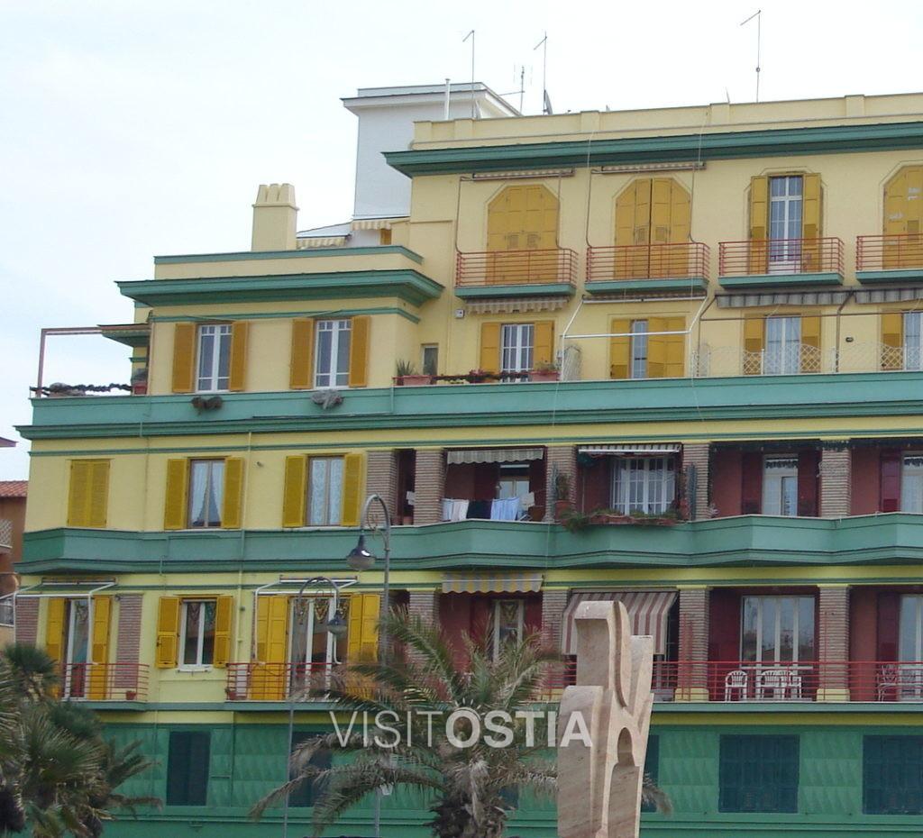 """VisitOstia - palazzo detto """"il Pappagallo"""""""