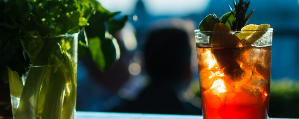 """5 or more most fashionable """"Aperitivo"""" drinks in Ostia"""