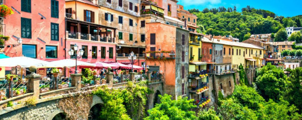Castelli Romani: landscapes, culture and good wine