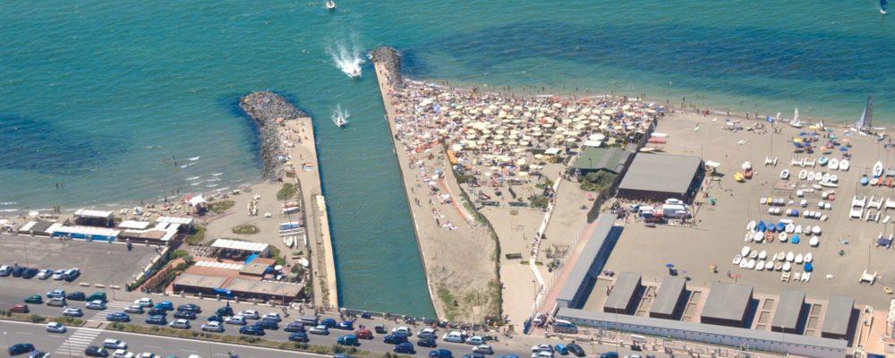From the Marina to the Rotonda